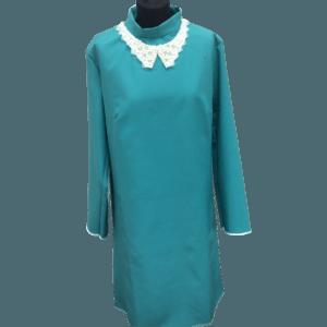 Женское платье блестящего зеленовато-синего цвета для похорон